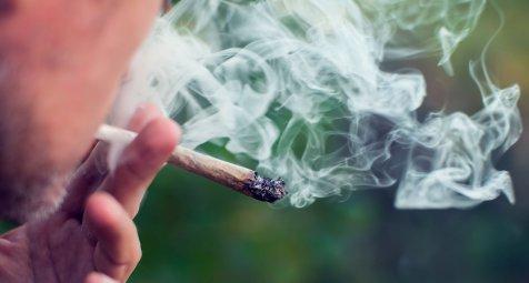 Passivrauchen schadet Kleinkindern auch bei Cannabis