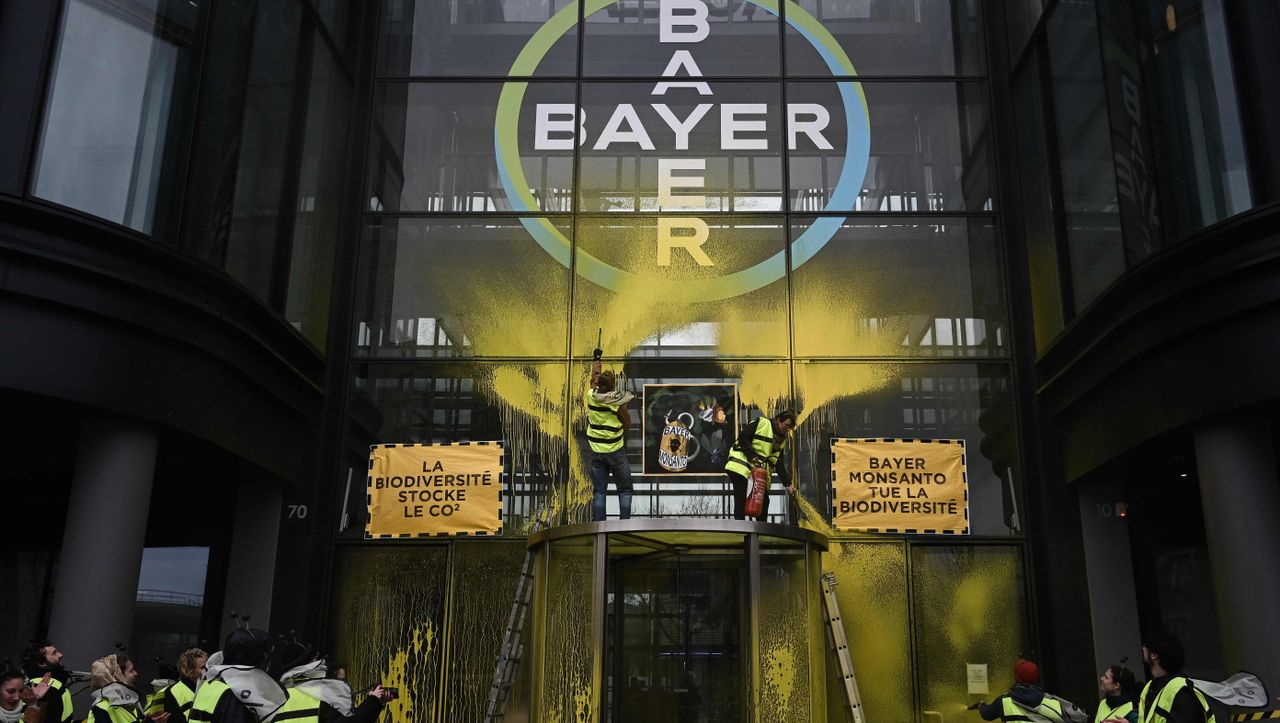 Monsanto-Skandal in Frankreich: Bayer-Konzern schaltet Anwaltskanzlei ein