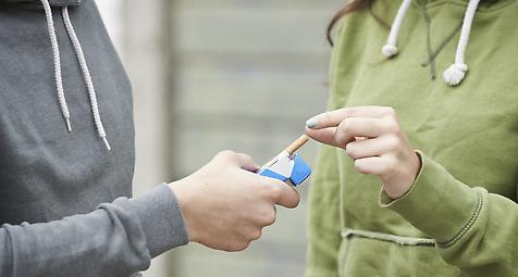 Rauchen unter jungen Menschen immer unbeliebter